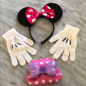 Other - Minnie Mouse Dress up set